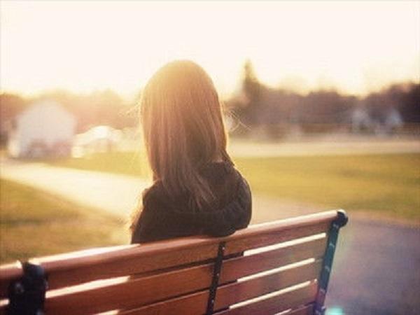 很难过不想再爱了的说说 对爱情很失望的伤感句子