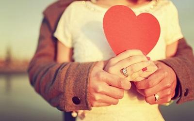 简单明了的一句话爱情说说 超短的爱情句子说说