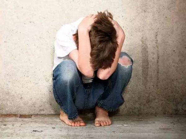 悲伤难过的朋友圈说说 心情压抑想发疯的短篇句子
