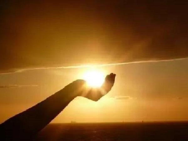 抖音最火的阳光励志句子 人生经典励志唯美短句