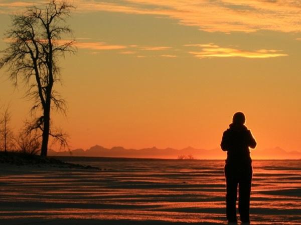表达日落黄昏的唯美句子 看日落发微信朋友圈的感慨短句