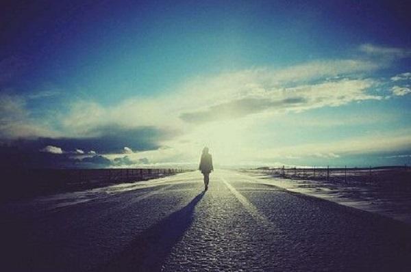 心情低落伤感的说说配图片 我给你全部自由,当作我最后的温柔1