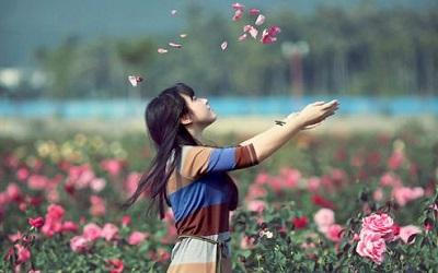 心情美美哒的朋友圈说说 笑是一种没有副作用的镇静剂