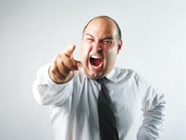心情愤怒的微信朋友圈说说 有关愤怒的个性心情句子