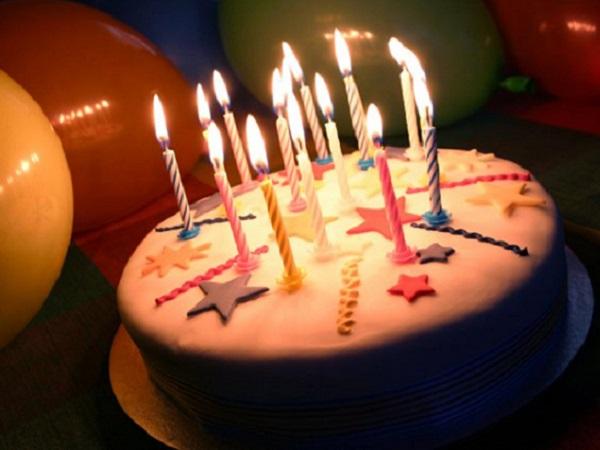 自己生日低调发朋友圈的句子说说 生日祝福简短个性的一句话