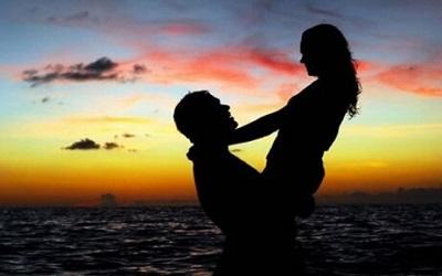 情侣之间的情感句子 幸福的说说短句